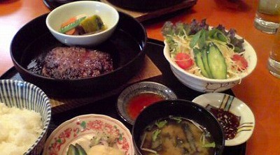 Ginza Lunc</p> <p>My friend and I had a lunch at a Japanese restaurant