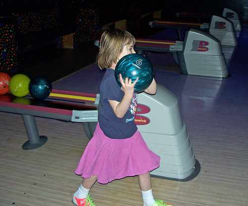 Courtney bowling