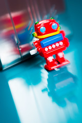 Retro Robot 2017_ColourSplash_8872_ By Phil Ovens (Pitcher_Phil) Tags: robot retro vintage colourful toy reflecions bright shiny plastic lensbaby bokeh windup mechanical