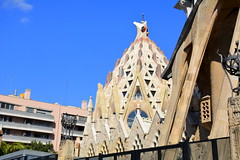 La Sagrada Família, Barcelona. (Angela Llop) Tags: catalonia spain barcelona gaudí sagradafamília