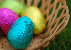 Happy Easter! (Janna78) Tags: easter 50mm basket chocolate multicoloured eggs easteregghunt