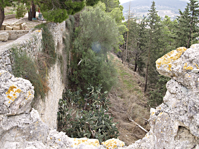 looking E. along the S. wall of Vonitsa castle, Greece