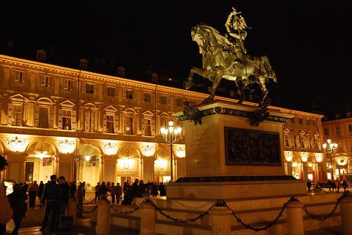 Piazza S.Carlo / Statua di Emanuele Filiberto - Torino - 03.11.07 - 01