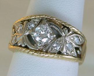 Custom shank for centerpiece of ring in 14kt white gold