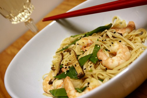 Yakisoba with prawns 1