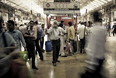 Coffee Break (at the train station) - Mumbai, India, 2008. (- PicsmaKer -) Tags: life voyage street travel india color church coffee station train cafe gate asia gare pentax bombay asie mumbai 2008 k10 inde lightroom aficionados k10d