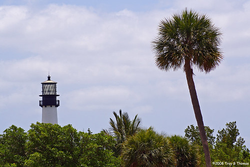 Lighthouse_KeyBiscayne1