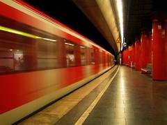 Metro Munich (werner boehm *) Tags: underground subway munich mnchen bayern bavaria nightshot metro hauptbahnhof ubahn nachtaufnahme bhm metromunich wernerboehm