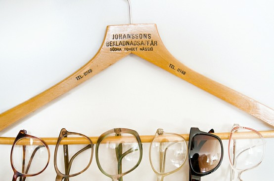 glasses-hanger