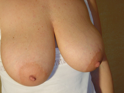 big hot girls naked boobs fat pics: bigboobs,  boobs,  nipples,  breast