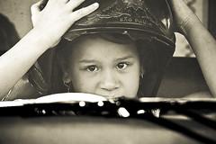 (Hudson Rodrigues) Tags: brazil portrait brasil child retrato hudson criana xti 400d