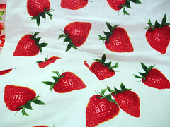 2_d725scd (LoveStrawberry) Tags: strawberry towels