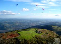 ...feio n.... (Jorge L. Gazzano) Tags: up paisagem explore paraglider parapente picodogavio volivre andradas summit2 duetos aguasdelindia