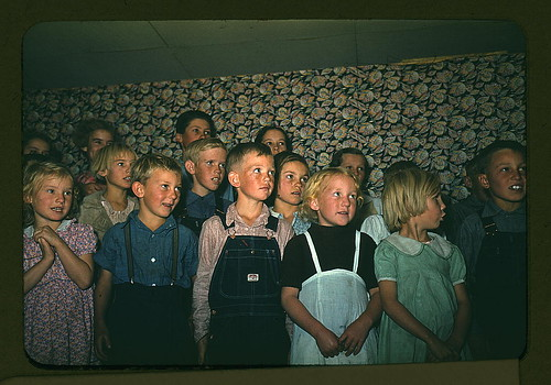 School children singing, Pie Town, New Mexico (LOC) by The Library of Congress.