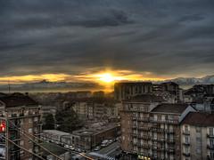 cielo e terra 9 (Alberto Carrozzo) Tags: city windows sunset sky sun mountain color canon torino tramonto colore tetti palace roofs cielo solo turin alpi montagna hdr paesaggio citt s5 palazzi finestre salentogilby