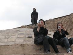 Old Friends (A.T.E.F.E.H) Tags: ایران اصفهان خرداد عاطفه عالیه ماتیا ریحانه هندونه مسجدحکیم پشتبام ازاونجهت چاقویماتیا یادبادآنروزگارانیادبااااااااد