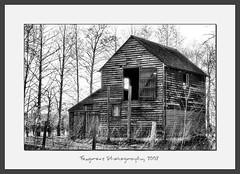 Derelict Barn (Foxgrove Photos) Tags: abandoned barn kent derelict abandonedbarn doddington derelictbarn