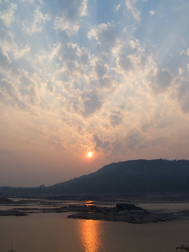 Sunrise on the Mekong Thailand 6