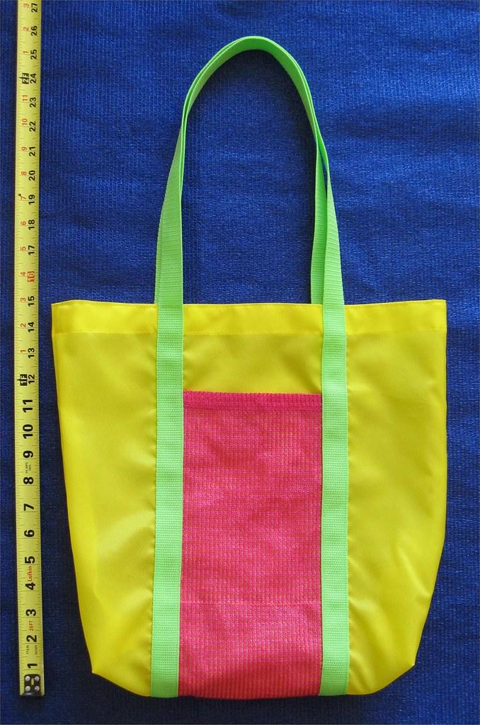 Lead-free Nylon Bag w/mesh pocket - Medium