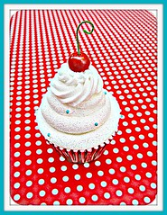 red & white swap ~ for Farkle (Pinks & Needles (used to be Gigi & Big Red)) Tags: fake polymerclay polkadots cupcake swap redandwhite pretend gigiminor gigiandbigred gigibigred fauxdough