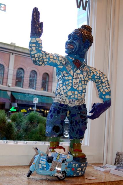 110107_enhanced_blue_statue