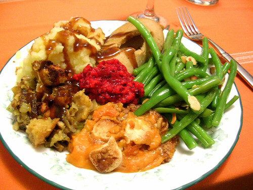 a vegan thanksgiving plate