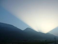 Sunset lazer show (sCount) Tags: winter sunset mountain fog schweiz switzerland evening abend soleil nebel suisse hiver svizzera soir sonne brouillard solothurn soleure couch