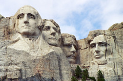 Mount Rushmore (Robby Edwards) Tags: vacation sculpture southdakota washington hike roosevelt trail lincoln jefferson mountrushmore presidents nationalmemorial mountrushmorenationalmemorial presidentstrail