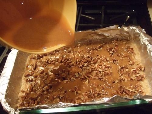 oatmeal caramel pecan bars (6)