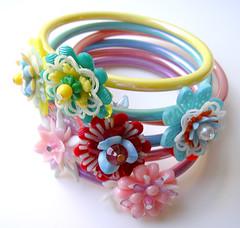 All Vintage Flowers Bracelets