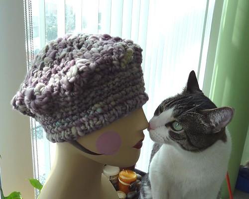 FO: Crochet handspun beret avec chat