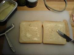 To skiver, smør med let hånd