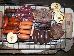 Parrilla improvisada (jmven) Tags: de kodak venezuela comida bbq chorizo margarita parrilla barbeque carne asado isla morcilla venezolana arepa