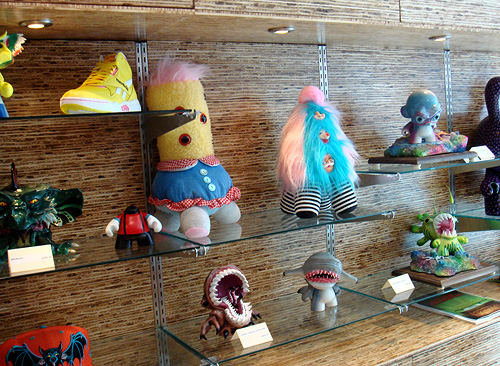 Mrs. So-and-so and Sweety Cakes surrounded by awesome Munnys