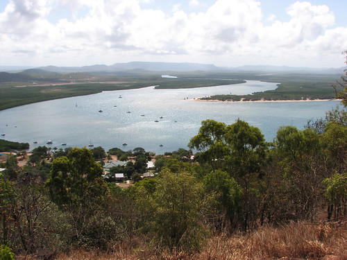 COOKTOWN TRIP - ENDEAVOUR REEF WHERE LIEUTENANT JAMES COOK CAME TO GRIEF - & GRASSY HILL, COOKTOWN