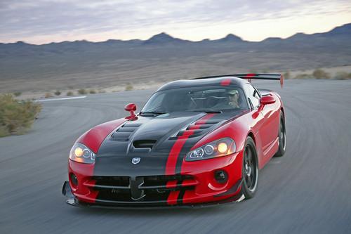 Фото Нового Dodge Viper SRT10