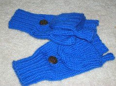 Convertible mittens (open)