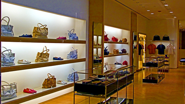 Tods Boutique (store interior) photo 647 by Candid Photos