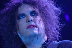 the Cure by Pirlouiiiit 04022008 (Pirlouiiiit - Concertandco.com) Tags: show portrait music france photography photo video marseille concert photographie live gig band picture pic paca photograph dome onstage thecure provence 2008 cure robertsmith the enlive surscne enconcert livepic pirlouiiiit 4tour unconcertunephoto oneconcertonepic onepicperconcert photodeconcert 1concert1photo 1picperconcert expophotolollipop2009