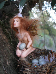 #66 Minty ~ Babysitter Fairy (Nenfar Blanco) Tags: sculpture art doll nest handmade oneofakind ooak polymerclay fairy babysitter faerie hada fae fada nenufarblanco