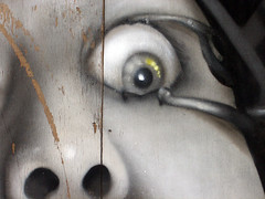 Clockwork Eye,graffiti (ideacat) Tags: street city travel urban streetart muro london eye art wall graffiti calle mural paint clockworkorange londres 2008 bricklane carrer paret 2007 ldn onitdesign lanaranjamecanica ideacat