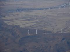I012508 651 (brewbooks) Tags: windmill washington power windmills electricity geography mooney airborne windfarm windowseat goodnoehills windturbinegenerator i012508 goodnoehillswindfarm