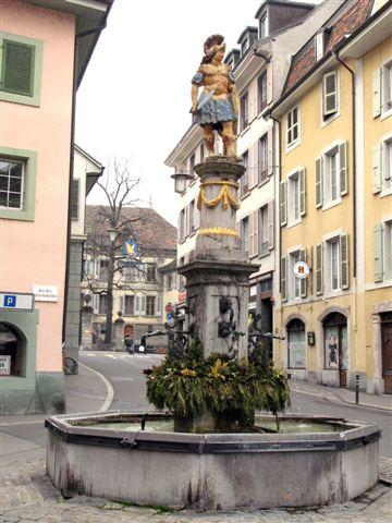 statue in Vevey's Old Town