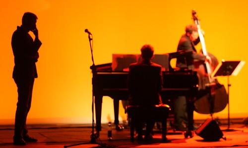 Jeu de lumière sur une scène de Jazz