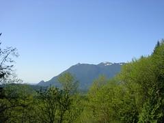 Mt. Si and Little Si from Iron Horse Trail. (bikejr) Tags: ironhorse johnwayne