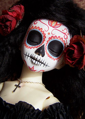 calavera003 (Kittytoes) Tags: sleeping dayofthedead skull doll sugar diadelosmuertos calavera commissions unoa explored melancholykitties