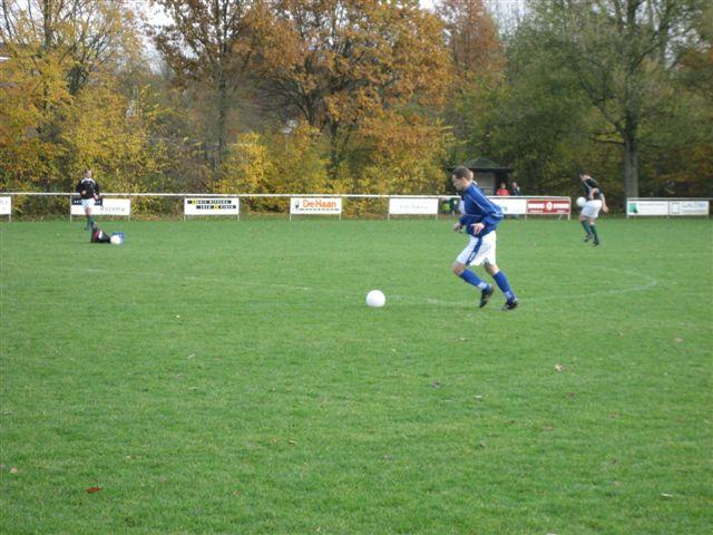 voetbal 02-11-07 012