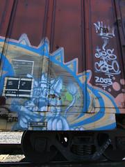 JES C3PO character (TRUE 2 DEATH) Tags: railroad streetart jes train graffiti la losangeles character tag graf cigar railcar boxcar railfan freight c3po benching