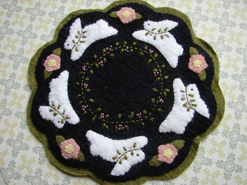Easter Bunny Candle Mat