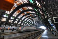Milan Stazione Centrale (5ERG10) Tags: italy milan sergio station train nikon milano stazione lombardia hdr highdynamicrange centrale lombardy 3xp sigma1020 d80 amiti 5erg10 sergioamiti